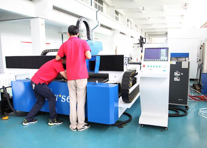 1000W Stainless Steel metal Sheet / tube Metal Fiber Laser Cutting Machine